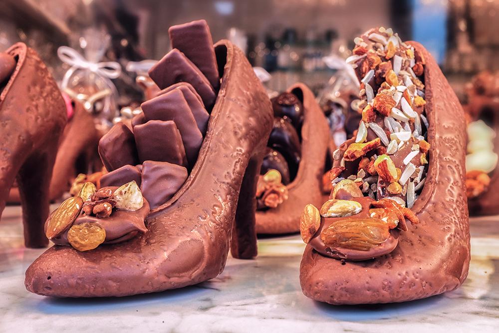 Bruges Markt chocolate pumps Bruges Belgium