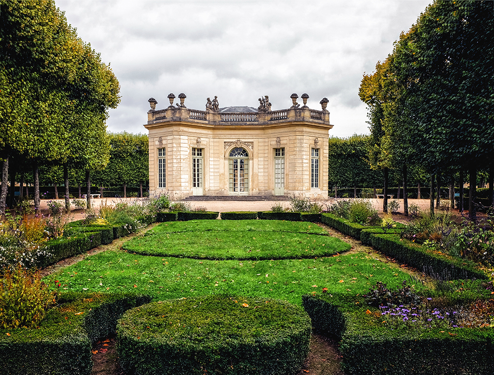 Paris Versailles peach house Paris France