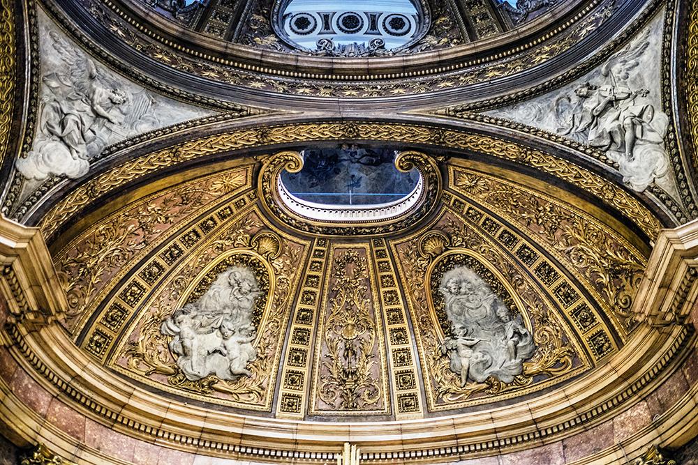 Basílica de Nuestra Señora del Pilar ceiling Zaragoza Spain