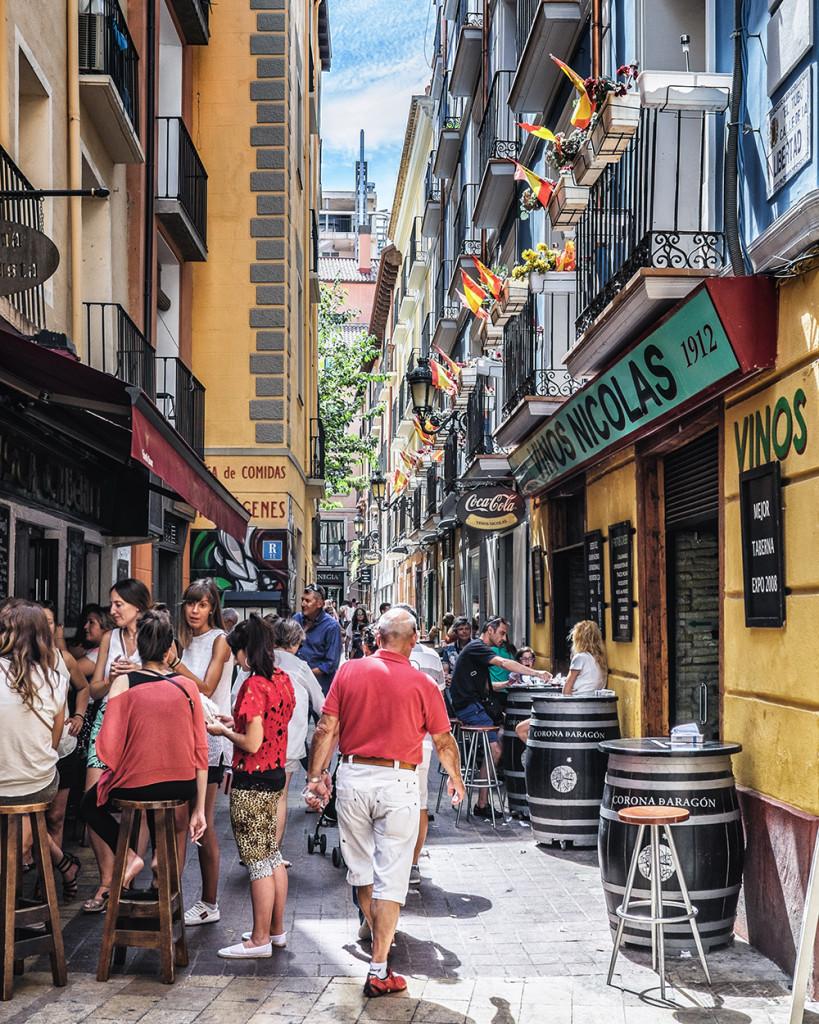 Tapas Calle Estébanes Zaragoza Spain