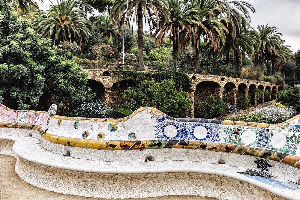 Park Güell curved seating Barcelona Spain
