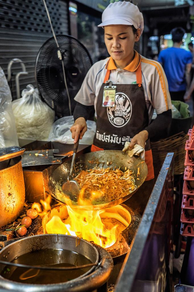 Thipsamai cook station Thai Bangkok Thailand