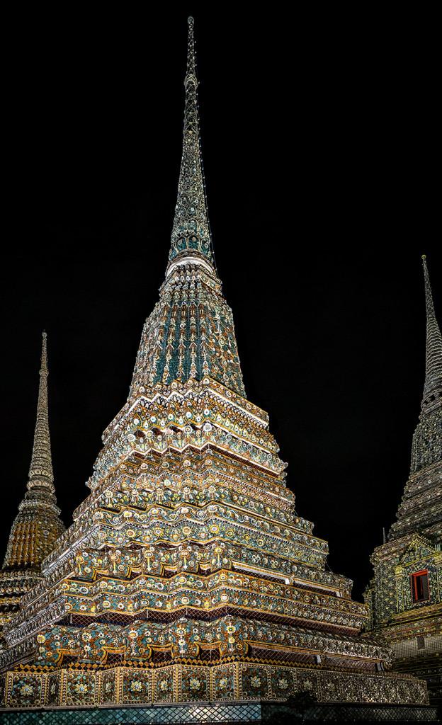 Wat Pho Phra Maha Chedi Si Ratchakan Bangkok Thailand