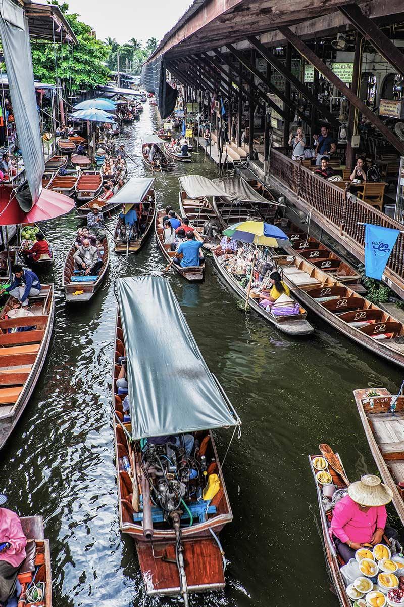 Damnoen Saduak floating market canal Bangkok Thailand
